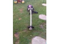 CHALLENGE PETROL GRASS STRIMMER WORKS GREAT CAN BE SEEN WORKING CB5 £55
