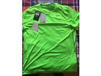 Mens Nike Green Tshirt Brand New