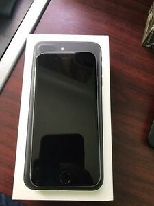 iPhone 6 SpaceGray unlocked  Kitchener / Waterloo Kitchener Area image 2