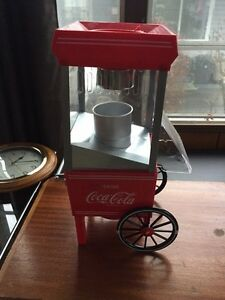 Mini coca-cola popcorn maker