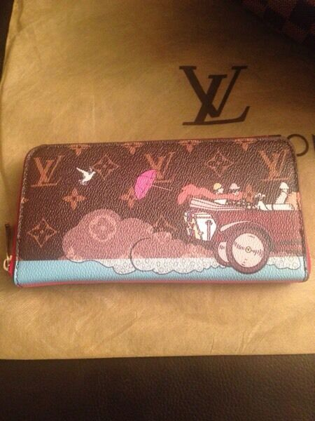 LV zippy wallet in painted canvas