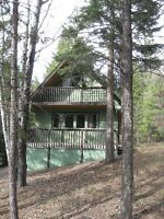 Four Season Cute and Cozy Cottage at Lac La Hache