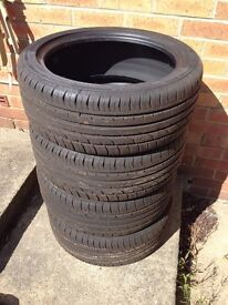 Continental ContiPremium Contact 2 Tyre Set (x4)