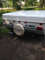 2000 Rockwood Freedom Pop up Camper 8 1/2 ft box