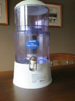 Nikken AquaPOur Gravity Water Filter System