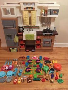 Big Little Tikes Play Kitchen + Food/Accessories!!