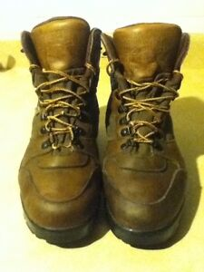 Men's WindRiver SympaTex Hiking Boots Size 10 London Ontario image 2