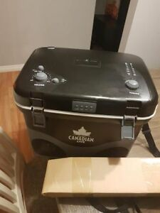 Molson Canadian Beer Cooler with Speakers