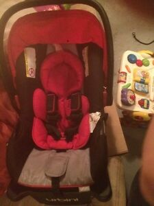 Urbini car seat