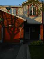 Orléans 2 bedrooms Townhouse for rent