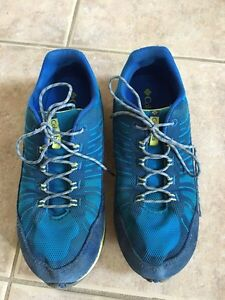 Columbia boys or girls youth running sport shoes Youth size 6 Kitchener / Waterloo Kitchener Area image 1