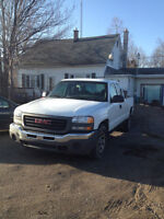 TRUCK IS WORTH $7000 ALL DAY SELLN CHEAP SAFETY E-TEST OBO