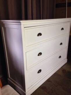 4 drawers chest blackwhite dressers drawers gumtree beautiful white chest of drawers fandeluxe Gallery