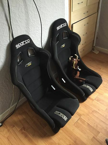 sparco rev bucket seats in kirkcaldy fife gumtree. Black Bedroom Furniture Sets. Home Design Ideas