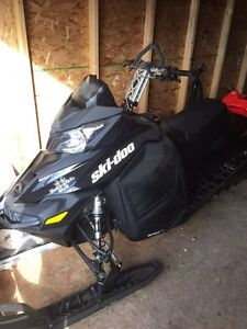 Mint 2014 skidoo summit 800 163