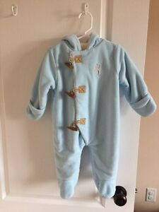 Baby size 3-6 month old