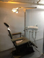 Chaise de dentiste/Dental  chair Planmeca 2000/lumiere P/C,unite