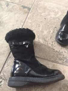 Little girl shoes and boots. Sizes 6,7,8 Kitchener / Waterloo Kitchener Area image 9