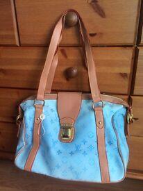 Ladies Louis Vuitton bag blue & brown handbag accessorise shoulder bag