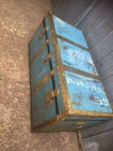 ITALIAN MADE Vintage Metal Steamer Large Chest / Trunk