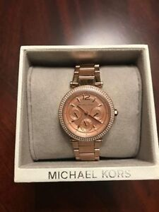 Brand New Authentic Michael Kors Rose gold Watch with Tags
