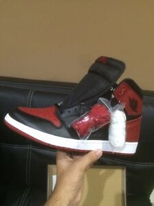 AIR JORDAN 1 - RETRO HIGH OG BRED/BANNED SIZE 13 DS