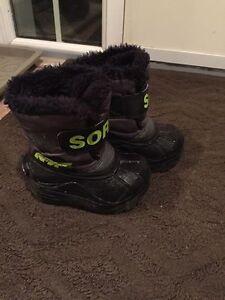 Baby boy Sorel winter boots size 6