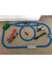 Thomas train track set - battery operated trains