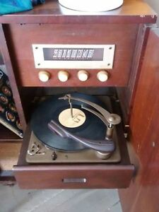 Two cabinet record players : 1 early 20th century, 1 mid century