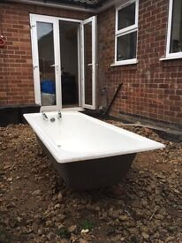 Enamel bath for sale/scrap £40