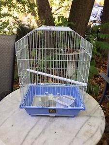 Bird cage - great condition - Perfect Canary cage