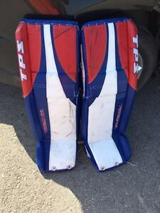 37+ 1 TPS goalie pads and Bauer Chest Protector size SR Medium
