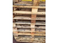 Damaged pallets £1 each