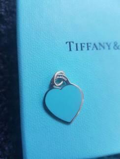 Brand new. RARE Tiffany & Co MILANO enamel heart