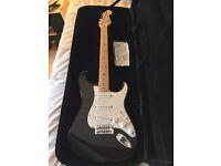 Fender MIM Strat £325