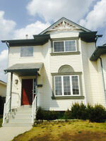 Beautiful 3 bedroom Duplex for Rent in Deer Park Available Now!