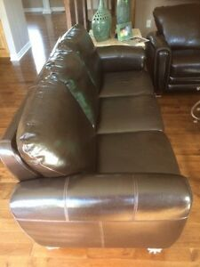 Great price on gently worn leather sofas  London Ontario image 2