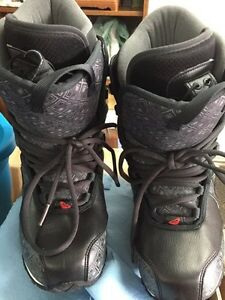 ROXY Ladies Size 9, Snowboard Boots St. John's Newfoundland image 1