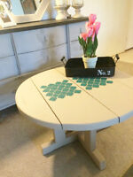 Stunning Annie Sloan Rustic Wood CoffeeTable/ Accent Table!