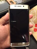 Month old Samsung Galaxy S6 edge 64gb GOLD EDITION