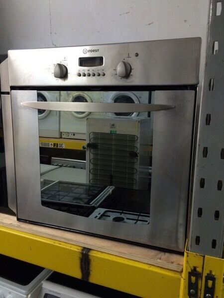 Stainless steel indesit 60cm integrated electric grill & oven good condition with guarantee