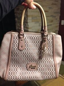 GUESS brand new Soft Pink Purse