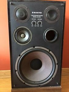 2 - Haut Parleurs PROFESSIONAL STEREO Speakers West Island Greater Montréal image 2
