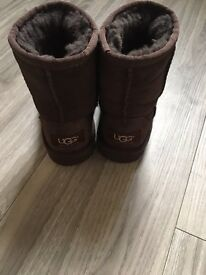 Ugg boots children classic brown suede
