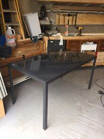 Dining table/Desk
