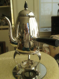 GORGEOUS VINTAGE ['50's] FB ROGERS SILVER PL.COFFEE / TEA CARAFE