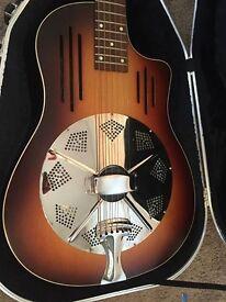 Massive guitar clear out - Gibson/Hofner/Godin/Santa Cruz, etc.