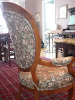 living room Queen Ann antique Chair