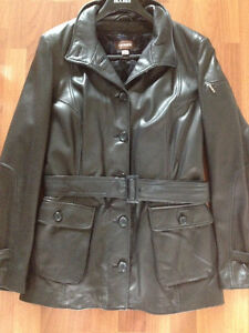 Danier leather coat St. John's Newfoundland image 4