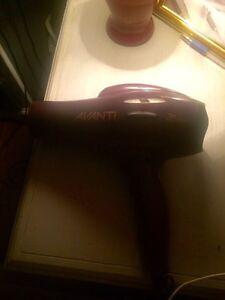 Avanti professional Hairdryer